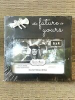 """Special Moments The Future Is Yours  6x4"""" Graduation Photo Frame. Black/Silver."""