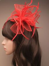 LADIES RED HAIR FASCINATOR HEAD 8723 BRIDAL FEATHER RACE WEDDING CORSAGE FLOWER