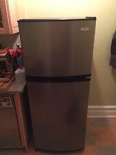 Stainless Steel Refrigerator Whirlpool : ET0MSRXTL02