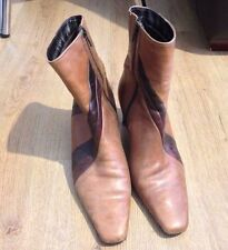 LADIES CLARKS BROWN LEATHER ANKLE BOOTS SHOES SIZE UK 6.5