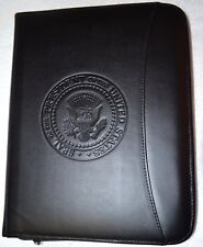 WHITE HOUSE PRESIDENTIAL SEAL EXECUTIVE PORTFOLIO~LEATHER~ZIPPERED~NEWEST ISSUE