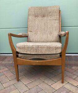 Elegant and original Mid century Cintique arm chair - (Ref 21.6.014)