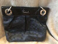 COACH 17599 Ashley Signature C Logo Black  Hippie Shoulder Bag Purse Tote