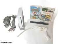 Nintendo Wii Console Bundle Gamecube Compatible White RVL-001 TESTED 2 Games