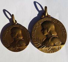 lot 2 MEDAILLES  bronze SAINTE JEANNE D'ARC signée LAVRILLIER 1920 MEDAL