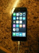Apple iPod 5th Gen 16 GB Space Gray Model A1421