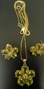 14K Gold Floral Peridot and Diamond Necklace Earring Set