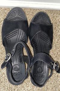 Crocs Sandals  Ankle Strap Black Canvas  Wedge Heel Shoe Black 9