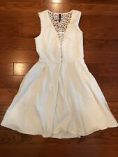 EXCELLENT LULUS PLUNGE WHITE LACE OPEN BACK DRESS XS CREAM WHITE