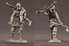 tin toy soldiers unpainted  54mm Viking extraction