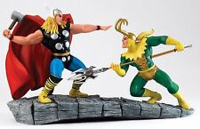 Frontière comics MARVEL collection Thor vs Loki figurine 28 cm A27607 RRP £ 169.95