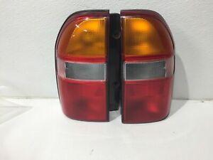 99 00 01 02 03 04 tracker left & right light lamp taillight taillamp pair set