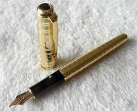 Perfect Parker Pen Sonnet Series Golden Circle 0.5mm Medium Nib Fountain Pen
