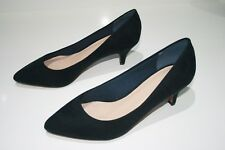 VERY CHEAP - NEW. LADIES NAVY DRESS SHOES,  SIZE 6, EXTRA WIDE FIT ( EEE ).