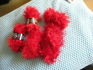 4 1/2 skiens red Lion brand fun fur yarn