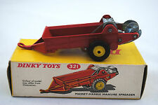 Dinky 321 MASSEY-HARRIS Manure Spreader w/ Moving Rotors & Black Wheels Boxed