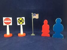Thomas & Friends - Wood People / Plastic Signs / American Flag - Lot of 5