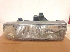 1999 chevy s10 headlight ( passenger ) 1997-2000