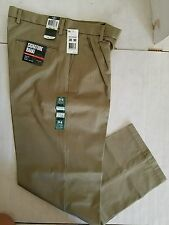 New With Tag Dockers D4 Relaxed Fit Signature Khaki Pleated Pants Size W30 L30
