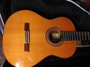 Jose Ramirez Classical Guitar 1998 Model 2e Hard Shell Case