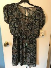NWT ACCIDENTALLY IN LOVE DRESS - SIZE LARGE