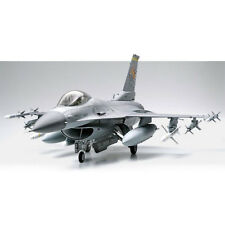 TAMIYA 60315 Lockheed F-16CJ Fighting Falcon 1:32 Aircraft Model Kit