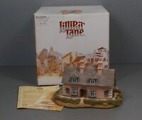 Collectable Lilliput Lane Bow Cottage in Box with Deeds A1 Condition 1992