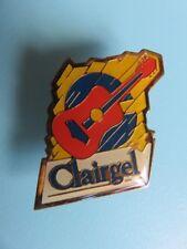 259 - Pin's - Clairgel - Produits Surgelés - Guitare