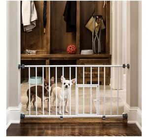 Carlson Pet Products MINI Expandable Extra Wide Pet Gate with Small Pet Door