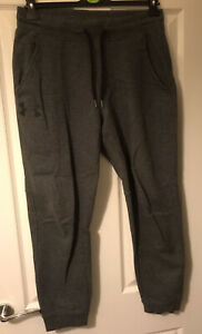 Mens Under Armour Fitted Tapered Joggers Jogging Bottoms Size Large
