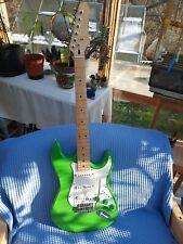 E-Gitarre Stratocaster Grùn Neue Handgemacht super  Sound