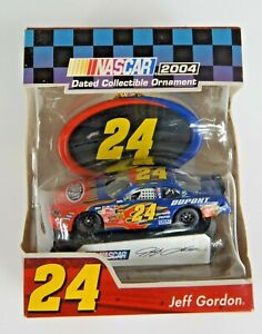 Jeff Gordon 24 Dupont NASCAR 2004 Collectible Ornament New in Box Trevco
