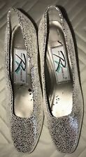 Ros Hommerson Womens Shoes Pumps/ Heels  Size 5 Medium. Silver Glitter