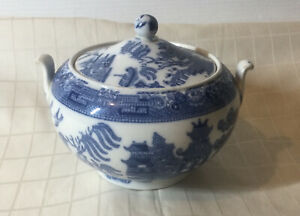 Wedgewood Willow Blue And White Lidded Sugar Bowl