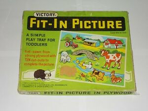 Victory Plywood Fit-In Picture Play Tray For Toddlers. Vintage Games No. 7455