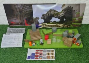 Minecraft Stop-Motion Animation Movie Creator with figures & base + 4 backdrops