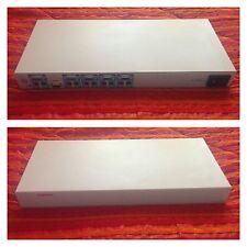 Switch KVM Compaq EO1004A 4-Port Switch KVM, VGA PS2