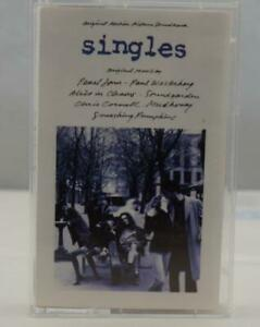 SINGLES Original Motion Picture Soundtrack Movie (1992) Pearl Jam Cassette Tape
