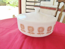 "FEDERAL GLASS FEG21 OVENWARE SUNFLOWER CASSEROLE W LID 3 QUART 9 1/2"" MILK GLASS"