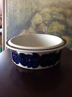 "Arabia Finland Blue Anemone 9"" Serving Bowl Hand Painted by Ulla Prokope Rare"