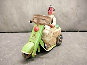 OLD VINTAGE ANTIQUE RARE METTOY TINPLATE TOY BIKE WITH DRIVER, COLLECTIBLE