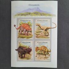 SoaTome&Principe 2014 / Dinosaurs-Allosaurus,Triceratops / 4v minisheet mnh