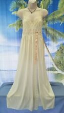Romantic Sexy Vtg 70s 80s Gilead Silky Ivory Front Slit Lacey Long Nightgown S P