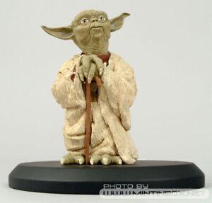 Yoda 1/5 ATTAKUS