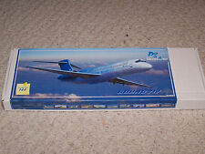 1/144 Pas Model Boeing 717 Blue 1