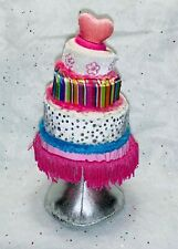 Groovy Girls  Wedding Cake