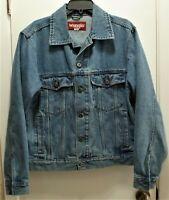 Vntg Wrangler Men's Blue Jean Jacket Size S Denim 4 Pockets Trucker, Medium Blue