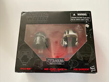 Star Wars The Black Series Titanium Kylo Ren & Poe Dameron Helmets 01