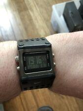 Retro Nike Digital LCD Trineo Reloj WC0040 Excelente Estado Totalmente Funcional