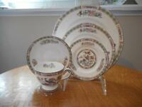 Wedgwood Kutani Crane bone china FIVE piece place setting